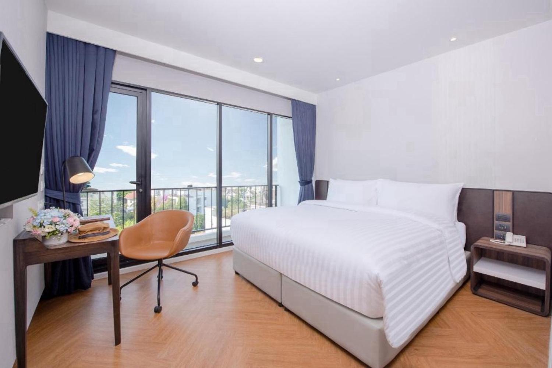 Amanta Hotel & Residence Sathorn - Image 0