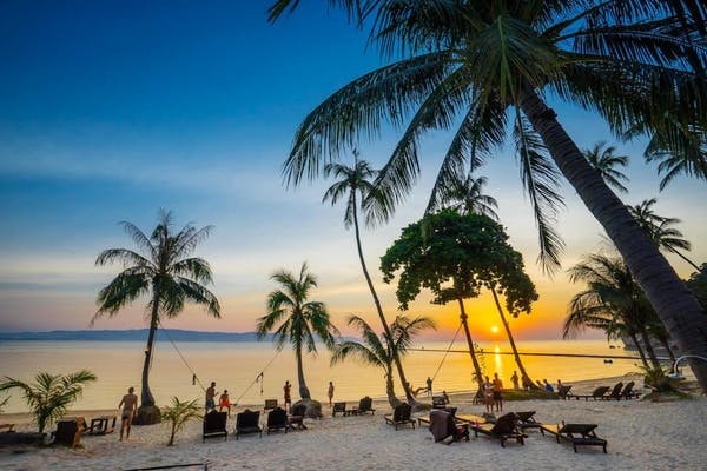 Cocohut Village Beach Resort & Spa - Image 0