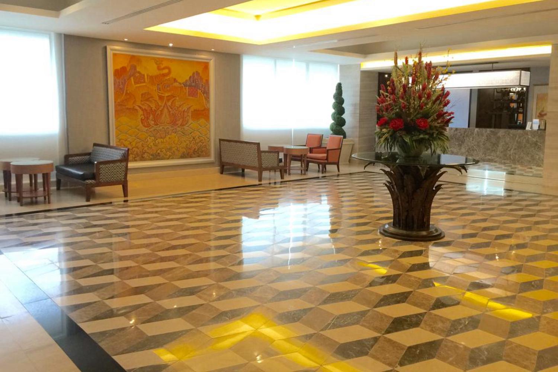 Indra Regent Hotel - Image 4