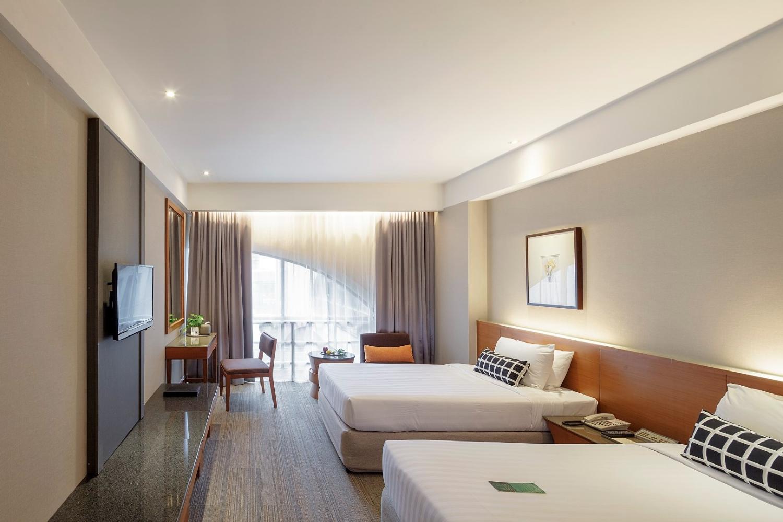 Grand Richmond Hotel - Image 1