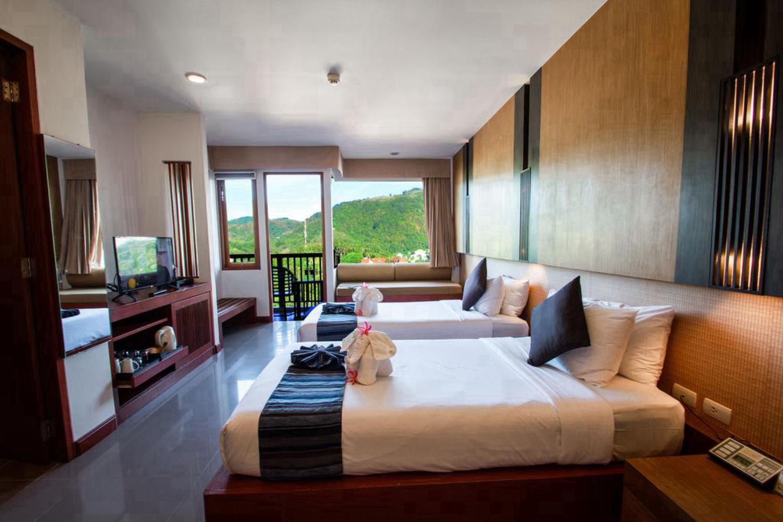 Peach Blossom Resort and Pool Villa - Image 0