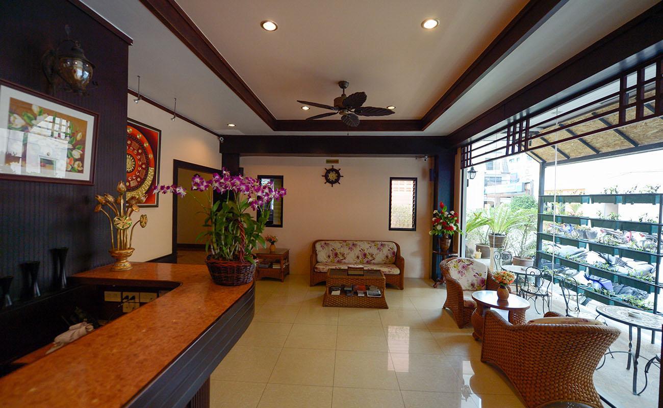 Outdoor Inn & Restaurant - Image 1
