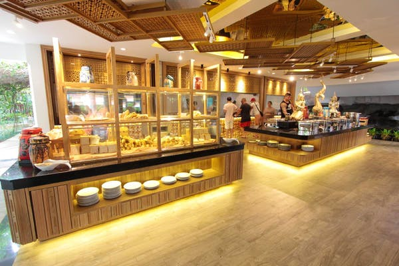 Kata Palm Resort & Spa - Image 2