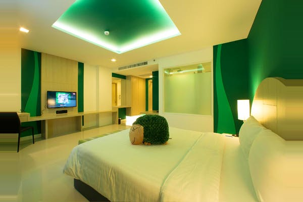 Sleep with Me Hotel Design Hotel at Patong - Image 4