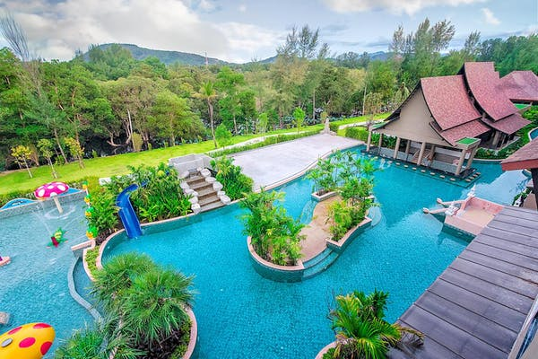 Maikhao Palm Beach Resort - Image 0