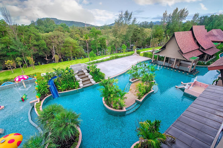 Maikhao Palm Beach Resort