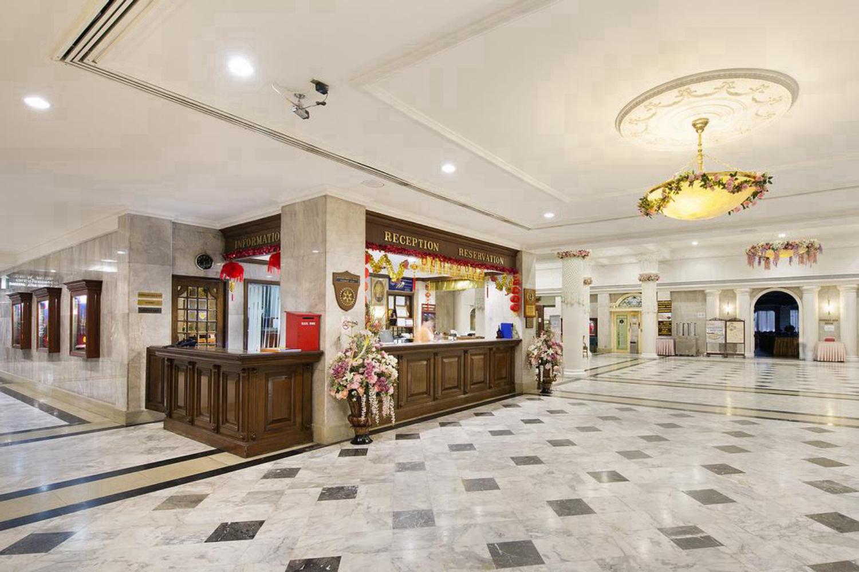 Royal Rattanakosin Hotel - Image 0