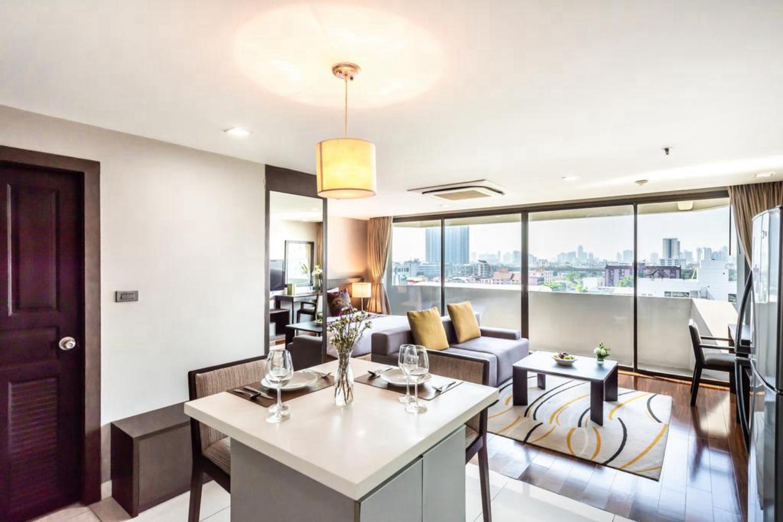 Royal Suite Hotel Bangkok - Image 2