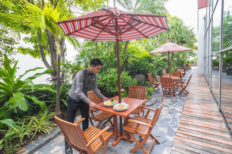 Zenith Sukhumvit Hotel - Image 3