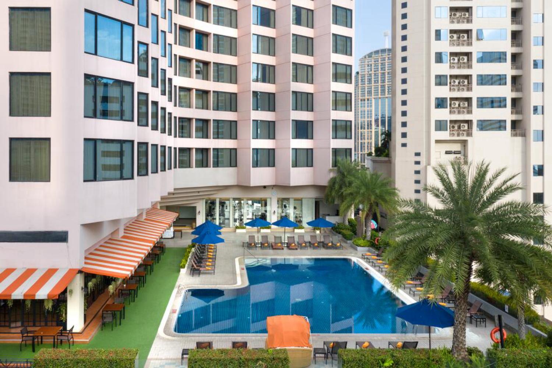 Rembrandt Hotel and Suites Bangkok - Image 2