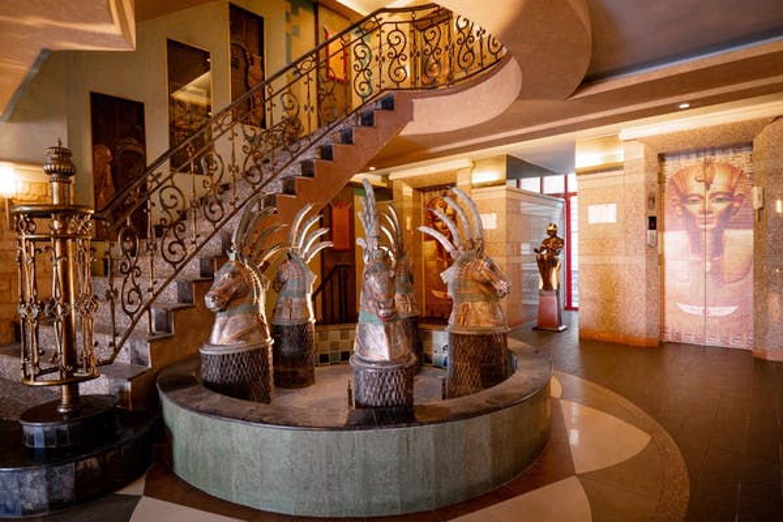 Luxor Bangkok Hotel - Image 1