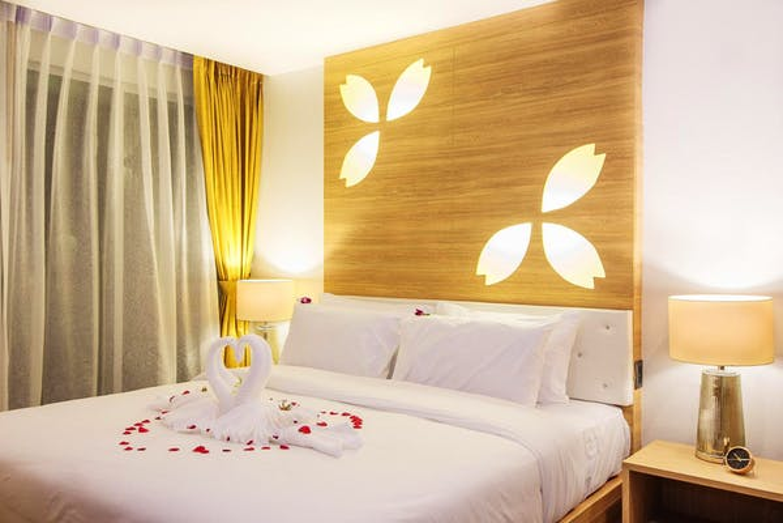 Araya Beach Hotel Patong - Image 4
