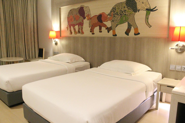 Ramada By Wyndham Phuket Deevana Hotel