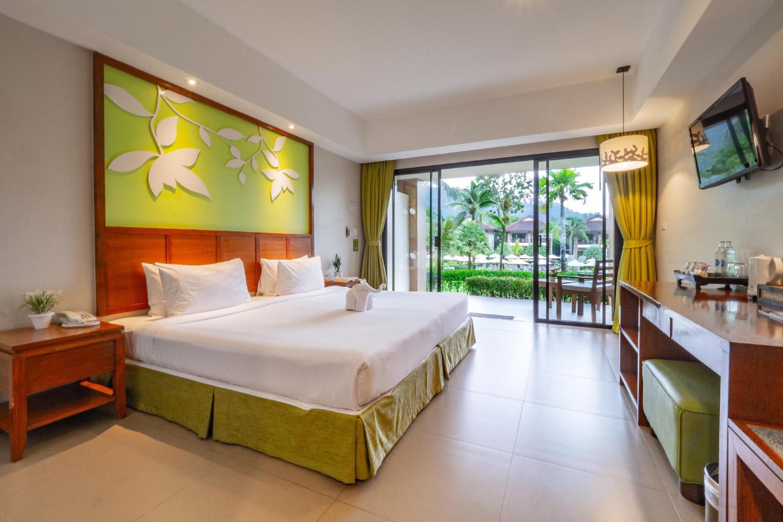 The Leaf Oceanside by Katathani Resort