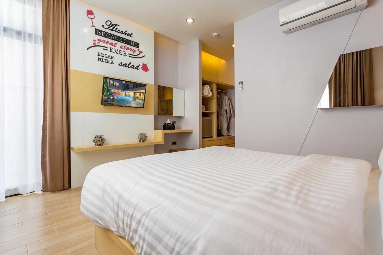 OneLoft Hotel - Image 1