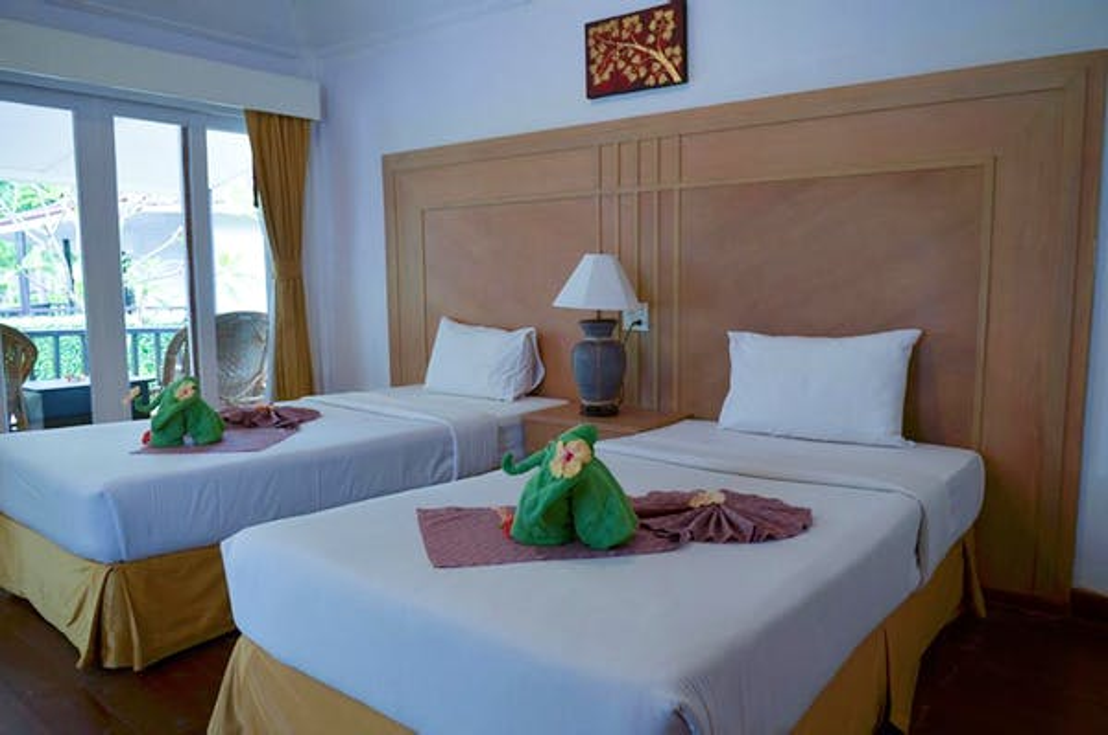 Nakara Longbeach Resort - Image 0